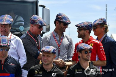 "Webber: ""Ferrari, Vettel'i tüketti"""