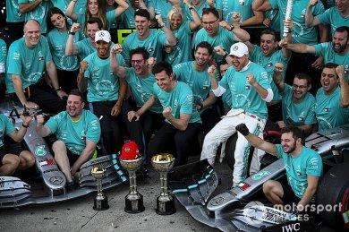 """Hamilton: """"En iyi sürücü kadrosu Mercedes'in"""""""