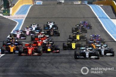 """FIA, sürücüleri """"şaşırtan"""" hızlı st..."""