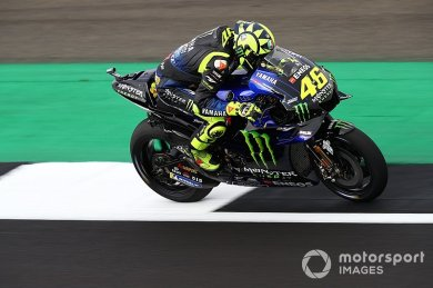 Rossi, zorlu yarışların ardından ge...