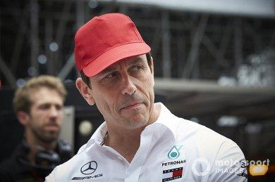 "Wolff: ""Lauda'nın ailesi Mercedes h..."